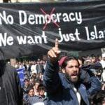 55 rejonów w miastach Szwecji pod kontrolą muzułmańskich gangów