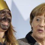 """Trump: Polityka migracyjna Angeli Merkel to """"katastrofalny błąd"""""""