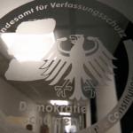Kontrwywiad Niemiec ostrzega: islamiści werbują uchodźców!
