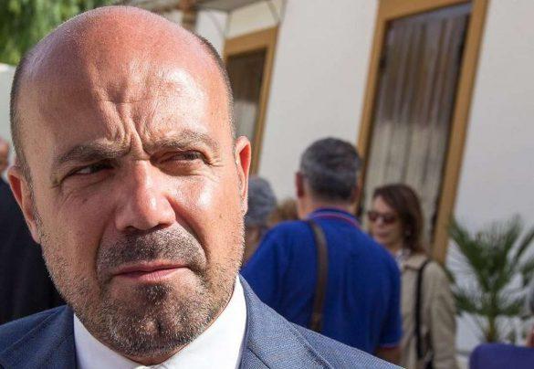 Komisarz odpowiedzialny za walkę z koronawirusem na Sycylii aresztowany