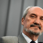 """Żydowska Liga """"ADL"""" wzywa Beatę Szydło do cofnięcia nominacji… Antoniemu Macierewiczowi"""