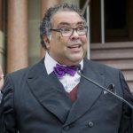 Homoseksualny burmistrz Calgary nasyła antyterrorystów na polskiego pastora.