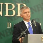 Szef NBP Marek Belka ostrzega przyszły rząd?