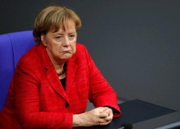 """Polityczne trzęsienie ziemi w Niemczech. Szef CSU o Merkel: """"Już dłużej nie mogę pracować z tą kobietą""""."""
