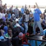 Członkowie Państwa Islamskiego w szeregach uchodźców na fałszywych paszportach