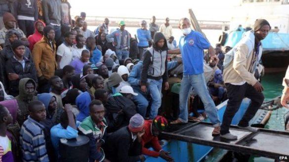 Członkowie Państwa Islamskiego w szeregach uchodźców na fałszywych paszportach.
