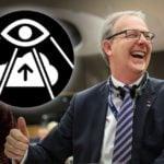 Unia Europejska zaczęła dziś kneblować usta Internautom.