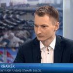 Kramek z FOD znowu atakuje polskie instytucje strasząc Hitlerem i działaniami z czasów PO-PSL