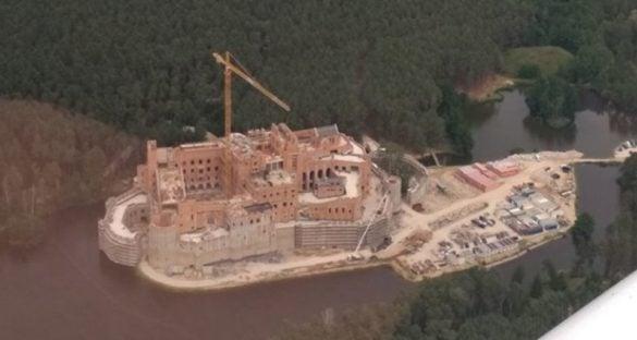 Komu wydano zgodę na budowę tajemniczej rezydencji w sercu Puszczy Noteckiej
