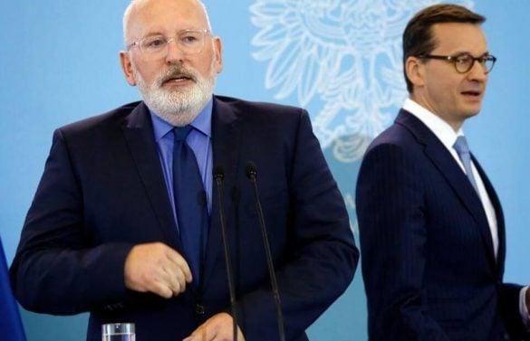 UE realizuje chytry plan jak zniechęcić Polaków do rządu PiS