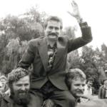 Wałęsa pomógł obalić komunizm teraz grozi wojną domową i skarży się Niemcom?